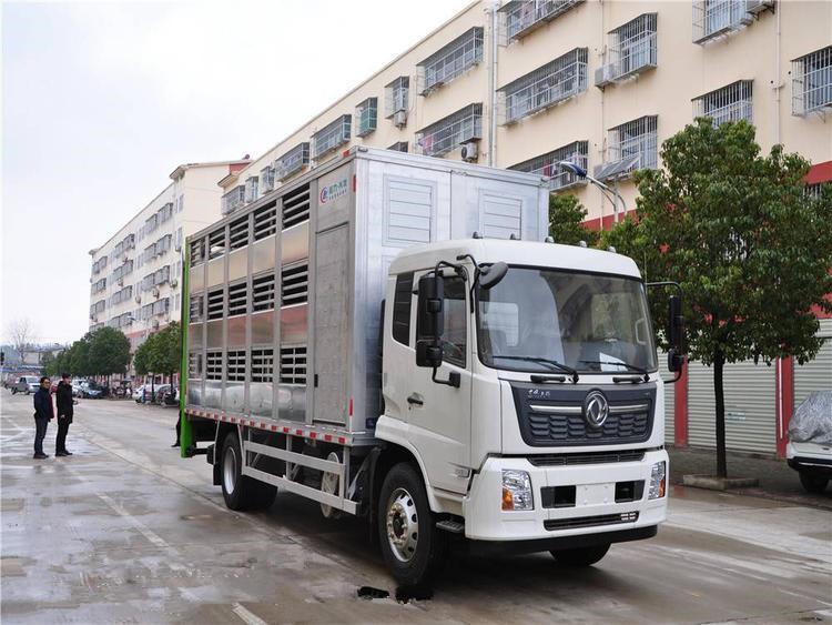 东风天锦6.8米货箱猪苗运输车